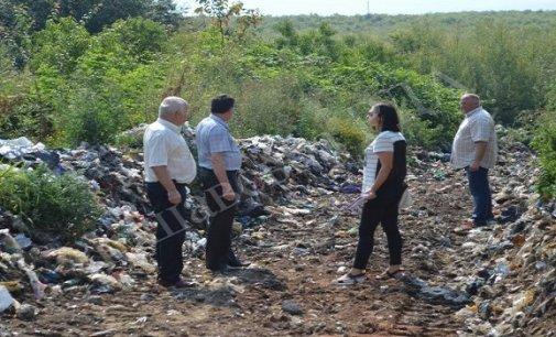 Біля с. Дубрівка перевіряли сміттєзвалища