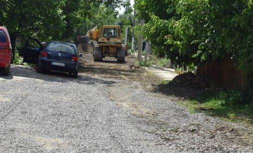 Через асфальтування дороги, мешканцям Берегова радять поквапитися з підключенням комунікацій
