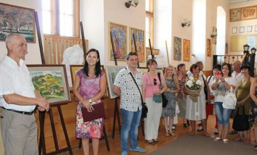 У Мукачеві відкрилася ювілейна виставка Сергія Пішковція