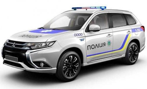 У райони та відділення поліції передадуть 18 автомобілів