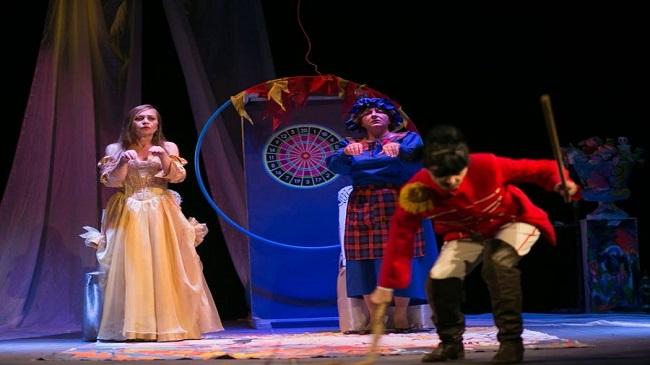 Герої добрих казок щонеділі оживають на сцені міського театру