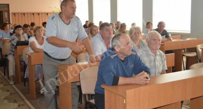 Іршавчани звернулися до голови РДА із проблемним земельним питанням