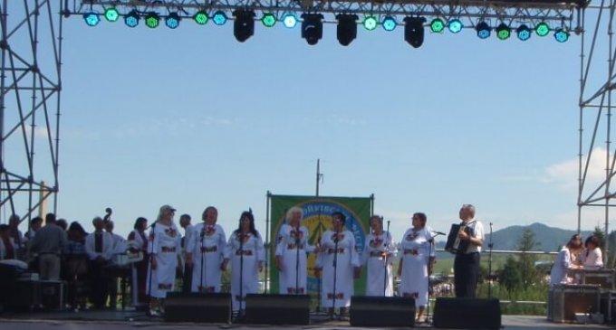 Ансамблі з Ужгородського району взяли участь у Всесвітньому фестивалі