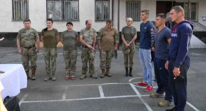 Трьох призовників відправлено на строкову військову службу