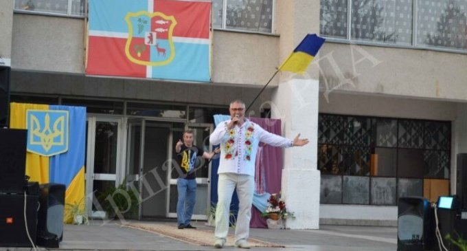 В Іршаві виступив заслужений артист України Олег Осадчий