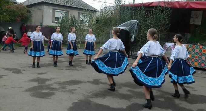 """24 вересня пройшов XI фестиваль закарпатської народної пісні """"Коли собі заспіваю"""""""