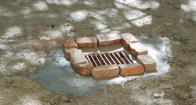 У Чопі встановили дві нові зливні каналізації