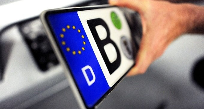 На Закарпатті пішли на поступки власникам авто на єврономерах