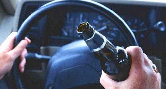На Іршавщині п'яний водій ледь не наїхав на весільну процесію