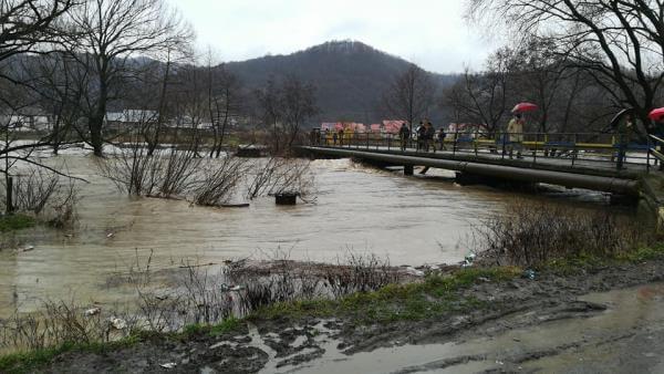 Відео: паводкова ситуація на Закарпатті (Фото)