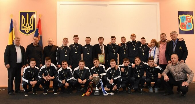 В Іршаві відбулось нагородженя переможців з футболу