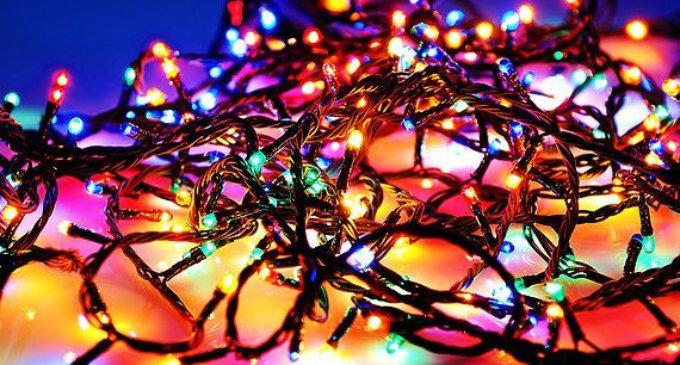 Новогодняя гирлянда как атрибут большого праздника