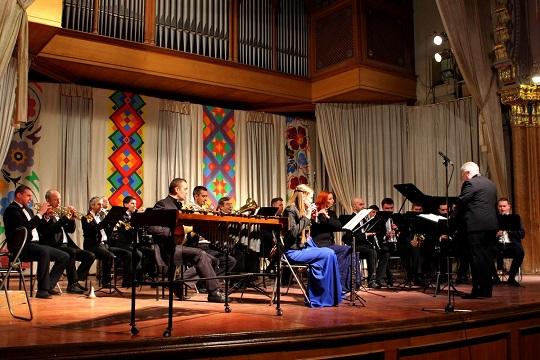 2 грудня – ювілейний концерт естрадно-духового оркестру в Ужгороді
