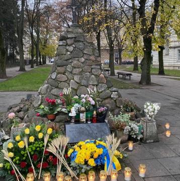 87-ма річниця Голодомору вшанована у Вільнюсі