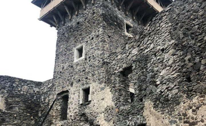 НОВА Вежа Невицького замку (Фото)