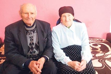 Двійня з Тячівщини відзначила 184 роки на двох (ФОТО)