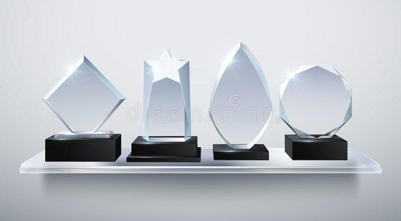 Награды из стекла от компании CraftPrize